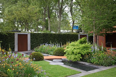 show gardens  chelsea flower show  rated