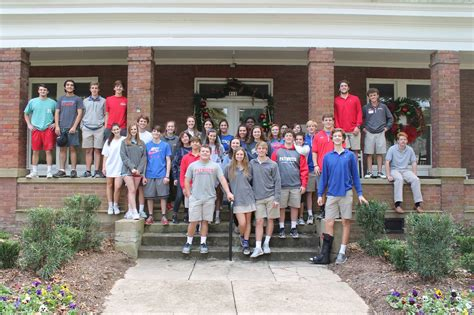 senior class gives back palmer home for children