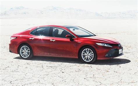 Toyota Camry India Japan Spec 2018 Toyota Camry Revealed Cars News India