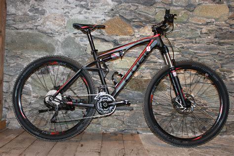 Mtb Fullsus mountainbike rental