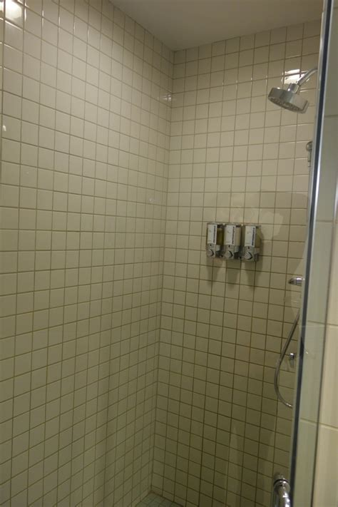 Shower Jfk by Review American Airlines Flagship Lounge New York Jfk