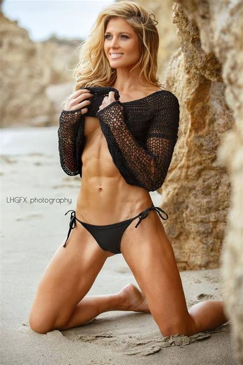 torrie wilson lift 1000 images about women with muscle on pinterest women