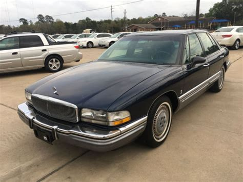1992 buick park avenue 4dr sedan ultra 27859 miles blue sedan 3 8l v6 cylinder a