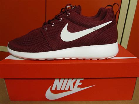 Nike Rosherun Merah Maroon 1 maroon nike roshe run shop for maroon nike roshe run on