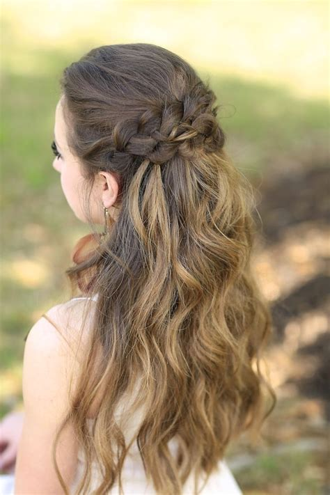 40 most charming prom hairstyles for 2016 fave hairstyles 40 most charming prom hairstyles for 2016 girl