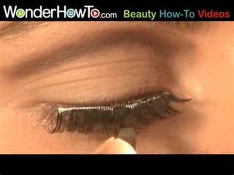 How To Remove Yourself From Find Search Trick For Putting On False Eyelashes