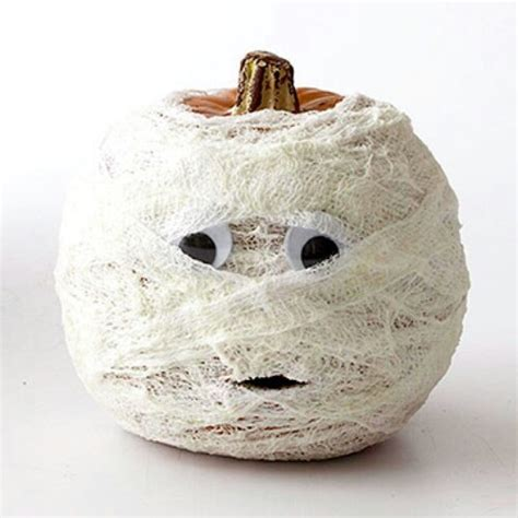 70 creative pumpkin carving and decorating ideas you can easily diy diy crafts