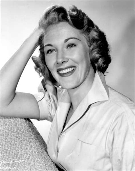 Rest In Peace Jeanne Of The 1950s Pinup Fame by Jeanne Cooper 1928 2013 Find A Grave Memorial