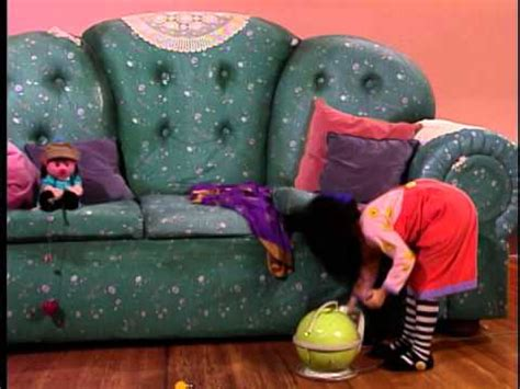 big comfy couch all over and under the big comfy couch season 3 ep 8 quot all over and under