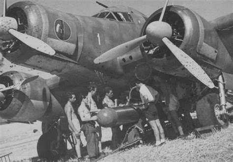 libro savoia marchetti s 79 sparviero torpedo bomber 17 best images about savoia marchetti sm 79 on civil wars air force and medium