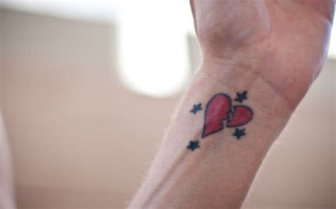 broken heart wrist tattoos broken design on wrist tattooshunt