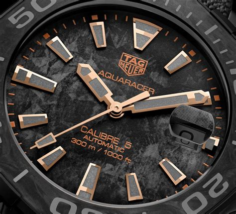 Tag Carbon All Black tag heuer aquaracer carbon watches ablogtowatch