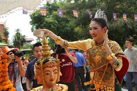new year 2018 laos luang prabang arranges special lao new year activities
