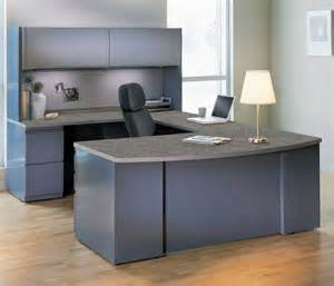 Gray Office Desk Simple White Table L Paired With Grey Office Furniture On Laminate Floor Office Workspace