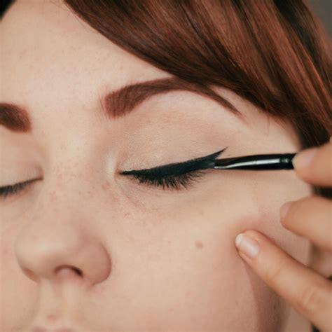 Mac Eyeliner Spidol how to apply eyeliner like a pro for beginners trusper