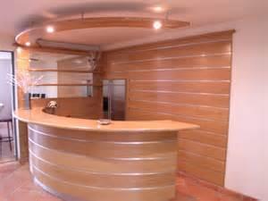 r 233 alisation sur mesure de bar et comptoirs en bois pour