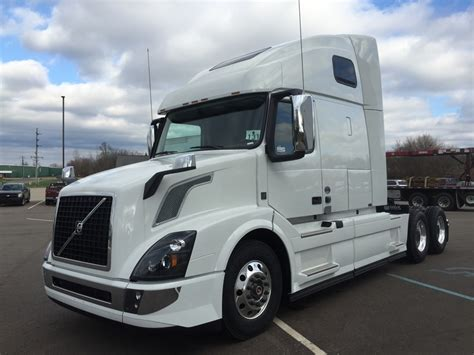 volvo white trucks for sale volvo trucks for sale
