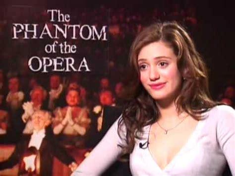 emmy rossum youtube phantom of the opera emmy rossum the phantom of the opera interview youtube