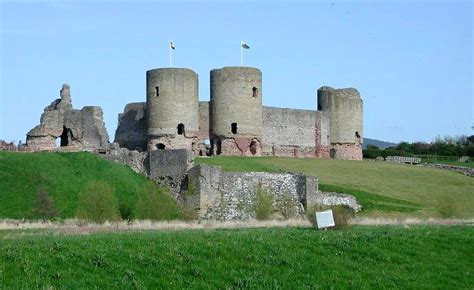 historical castles history of the rhuddlan castle art and culture