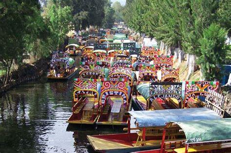 floating boats mexico city xochimilco district mexico city mexico britannica