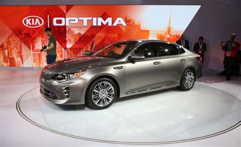 Kia Optima 201 Kia Optima New Version Of Family Saloon Unveiled Kia