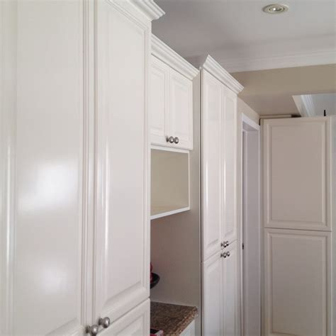 kitchen cabinet finishing spray painted kitchen cabinets oc29 floral white classic