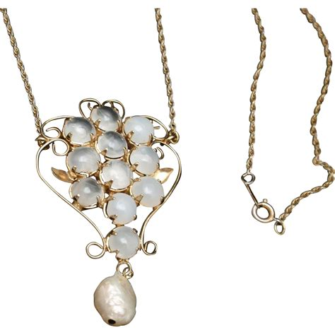 moonstone pendant necklace vintage from eccentricitycharm
