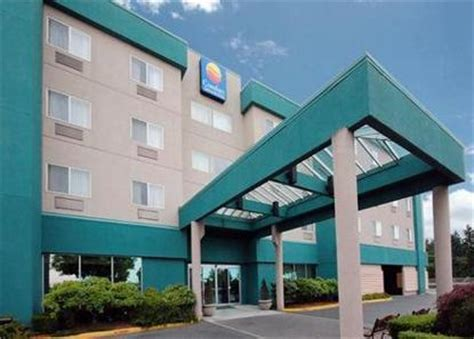 Comfort Inn And Suites Seattle by Comfort Inn And Suites Evergreen Inn Seattle Deals See