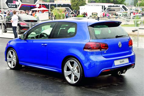 color concept two volkswagen golf r color concepts arrive in worthersee