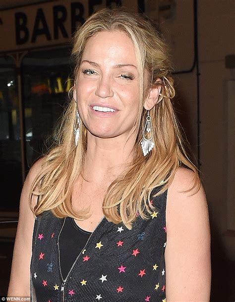 Sarah Harding 'returns to pills and drinking' after
