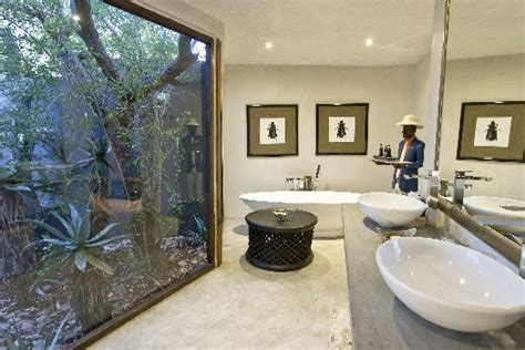 modern bathrooms south africa luxury bathrooms and bath tubs at south african getaways