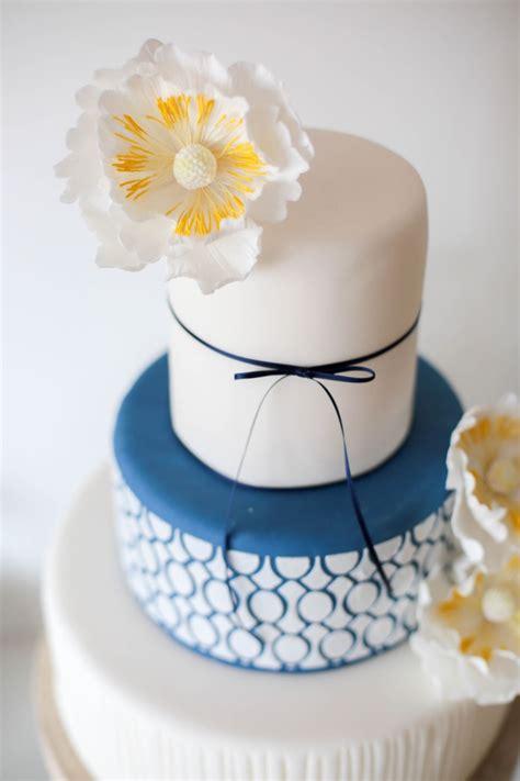 Hochzeitstorte Gelb by Sweet Table Modern Stylisch Mit Gelb Wei 223 Und Blau