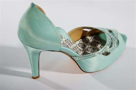 teal wedding shoes hey wedding shoes vintage inspired bridal heels teal
