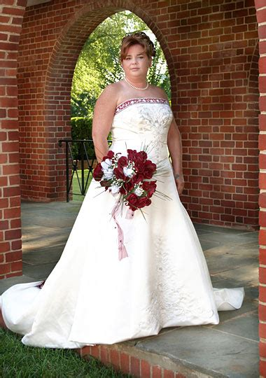 Wedding Hairstyles For Plus Size Brides by Plus Size Pictures Howstuffworks