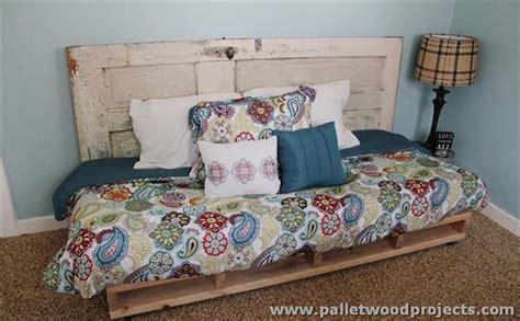 pallet day bed recycled pallet daybed ideas pallet wood projects