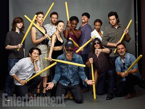 new walking dead cast 2016 the walking dead cast portraits at sdcc 2016 for