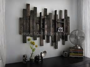 Rustic Wall Decor Ideas by Wall Decor Idea From Pallet Wood 1001 Pallets