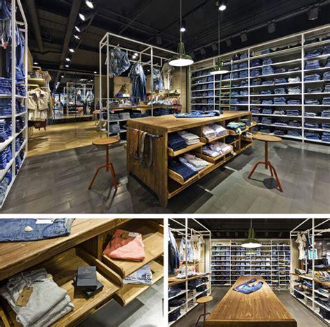 VEVS Interior Design   retail / DE RODE WINKEL #3