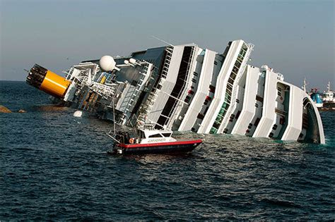 sinking boat cruise oy vey bosguy