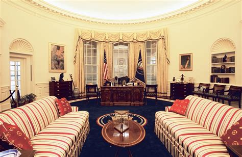 oval office changes clinton presidential center opens oval office exhibit to