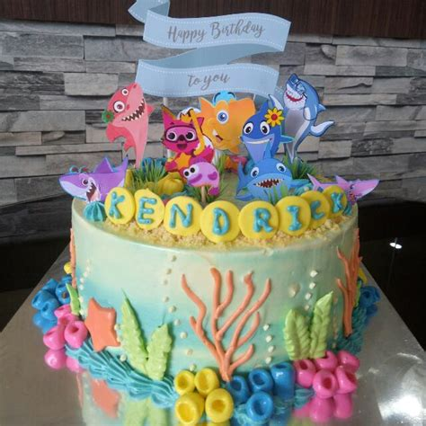baby shark bday cake baby shark cake food drinks baked goods on carousell