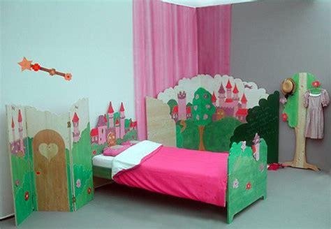 d馗oration chambre princesse mobilier et articles d 233 coratifs pour chambre d enfant