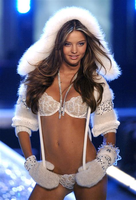 17 best images about s 17 best images about victorias secret fashion show 2006