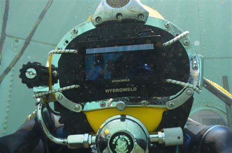 underwater welding schools