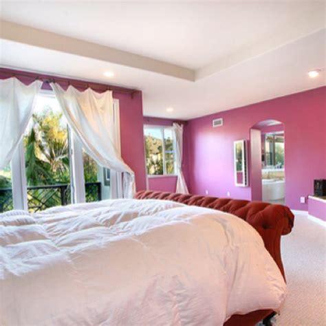 raspberry bedroom ideas raspberry and cream bedroom design pink color pinterest