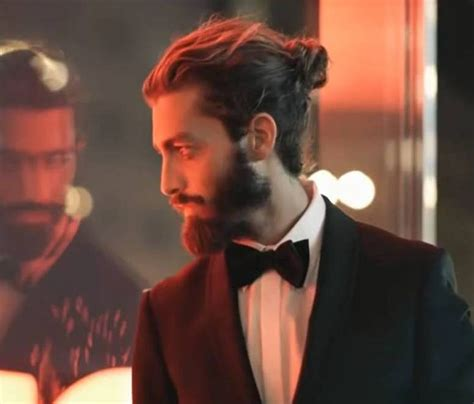 who does the top knot suit men man buns men long hair style bun beard and hair