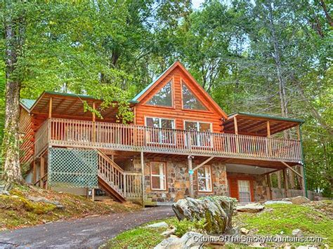 6 bedroom cabins in gatlinburg gatlinburg cabin nature s haven 6 bedroom sleeps 20