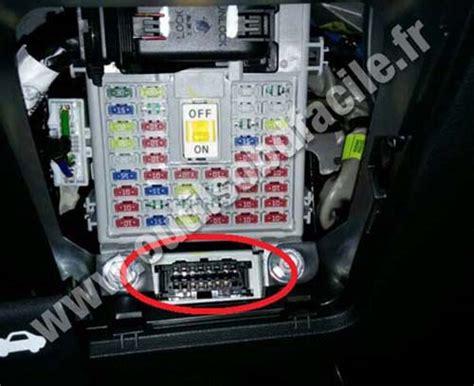 on board diagnostic system 2010 hyundai elantra engine control obd2 connector location in hyundai i20 2015 outils obd facile