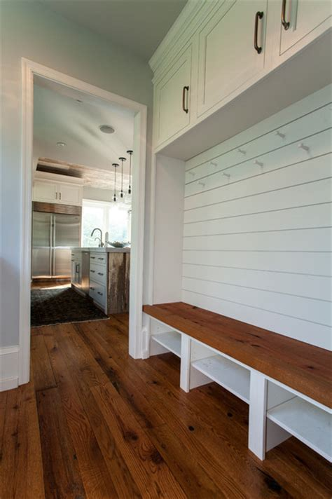 Gladwyne, PA Kitchen, Mudroom and Living Room Remodel Farmhouse Entry philadelphia by