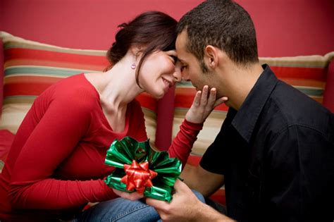 Romantic and cheap birthday gift ideas for your boyfriend